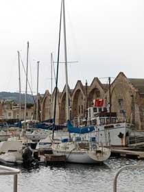 Arsenale am Jachthafen und Fischereihafen