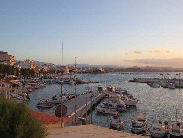 Opsi Harbour Neas Choras Fischerhafen in Chania