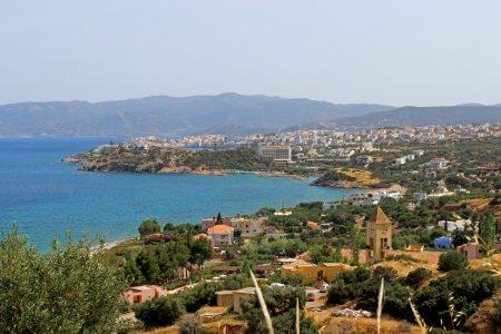 Sicht von Elounda auf Agios Nikolaos